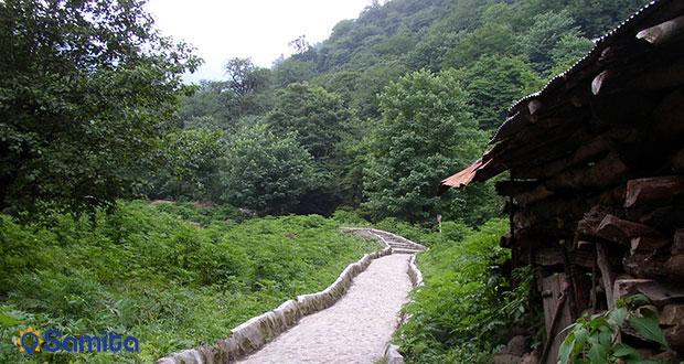 حديقة غابة قلعه رودخان
