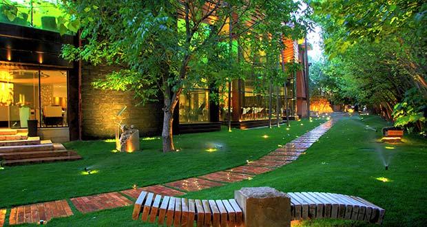 رستوران باغ راز