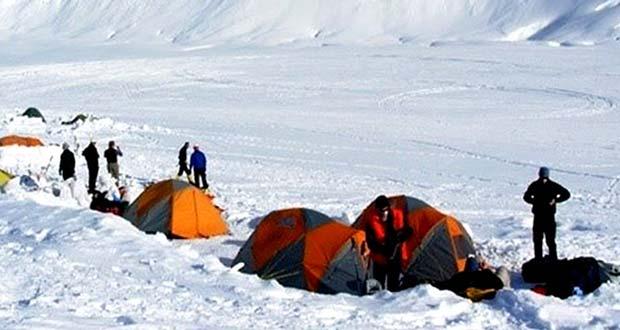 کمپینگ زمستانی