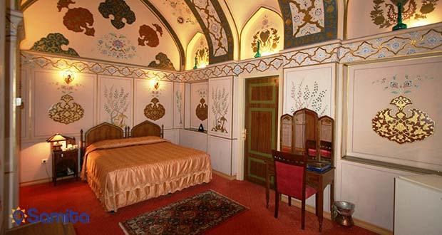 نمونه سوئیت قاجار هتل عباسی