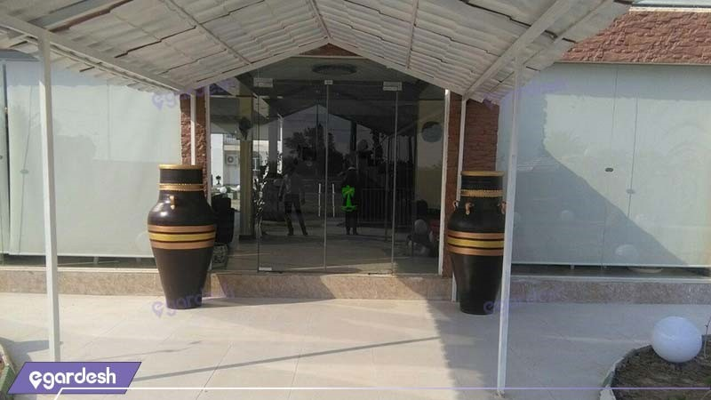 ورودی هتل نخل آبادان