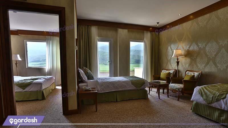 اتاق چهار نفره هتل کانیار علی آباد