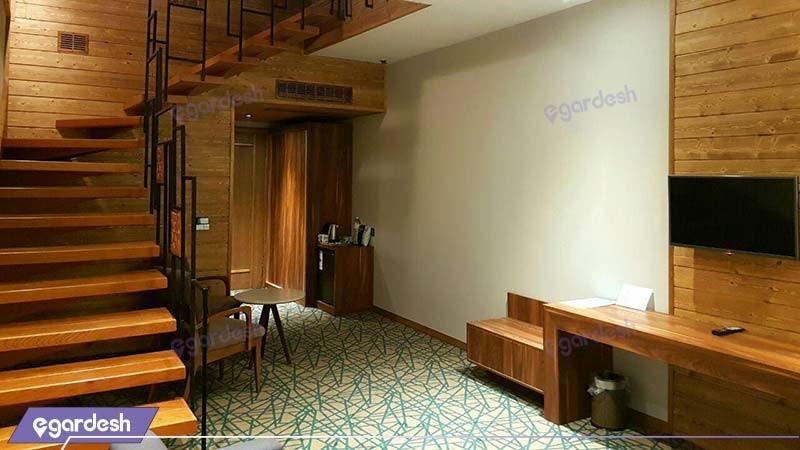 سوئیت دوبلکس چهار نفره هتل میزبان