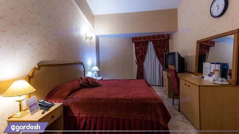 اتاق دو تخته دبل  جونیور هتل بین المللی هرمز