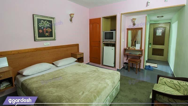 اتاق دبل هتل جهانگردی نمونه