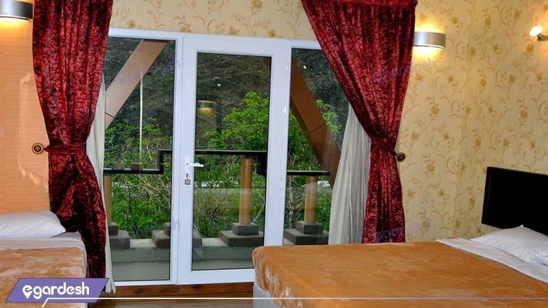 اتاق سه نفره هتل بزرگ کوهستان