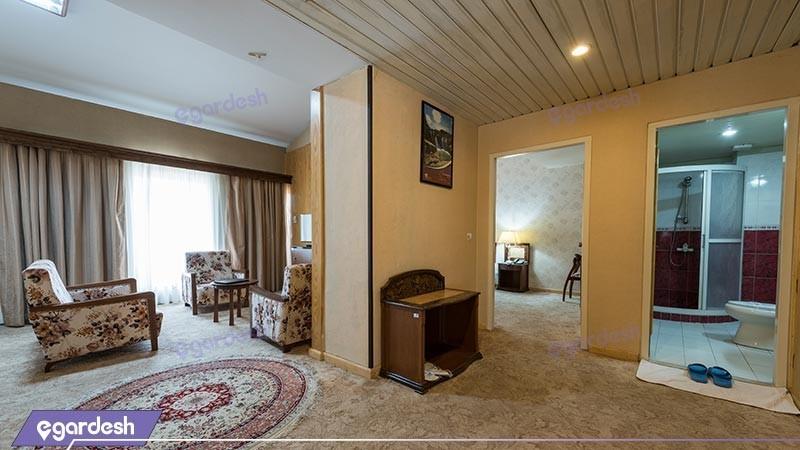 سوئیت سه تخته هتل بین المللی زاگرس