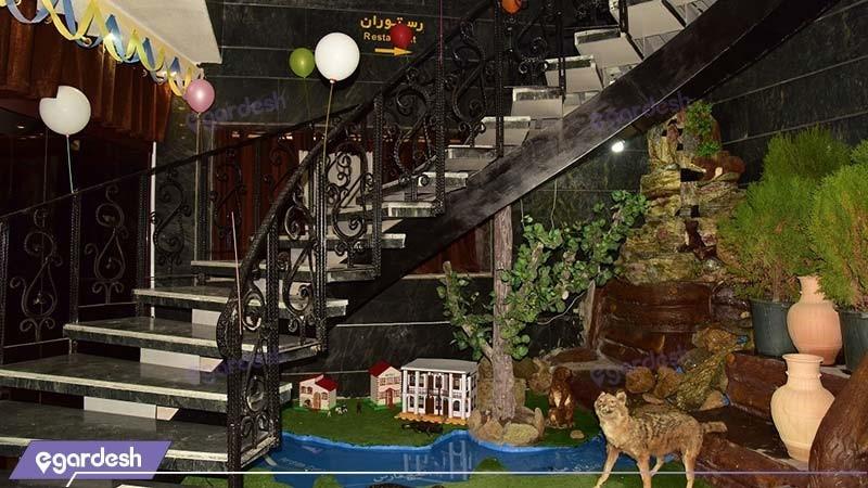 ورودی رستوران هتل پلاس بوشهر