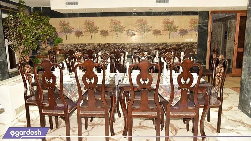 رستوران هتل پلاس بوشهر