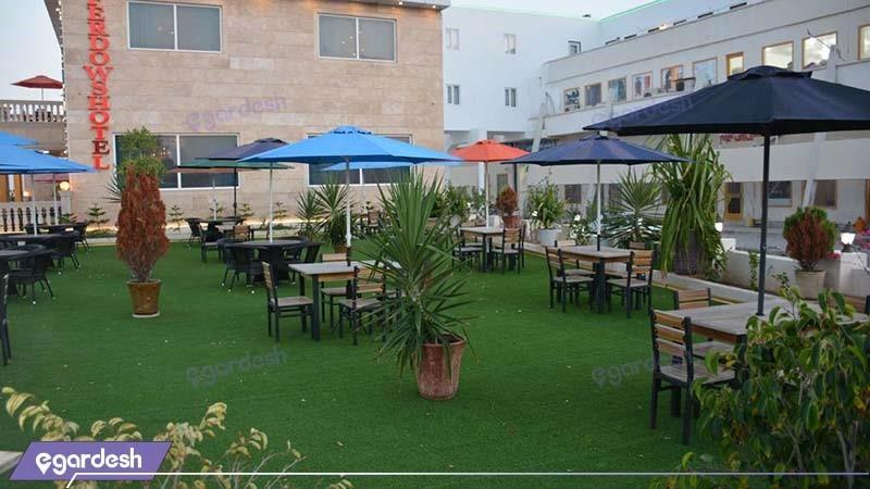 محوطه نشیمن فضای باز هتل فردوس چابهار