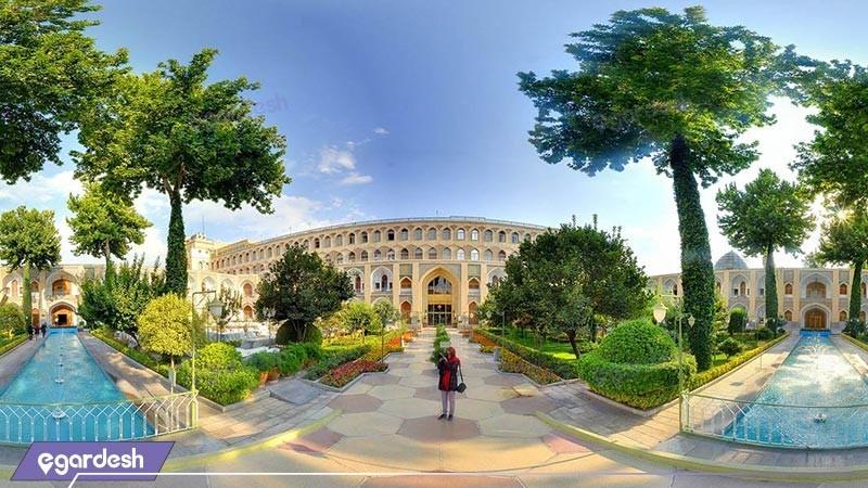 نمای ساختمان هتل عباسی