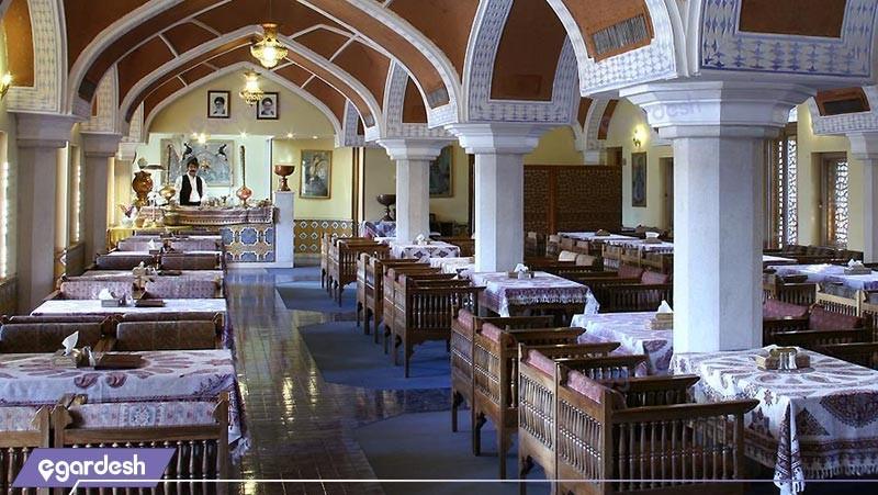 رستوران سنتی  هتل عباسی