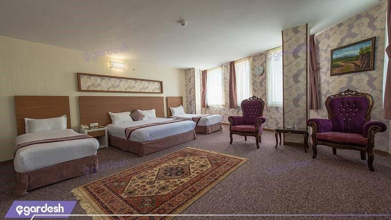 اتاق چهار نفره طلایی هتل آوین