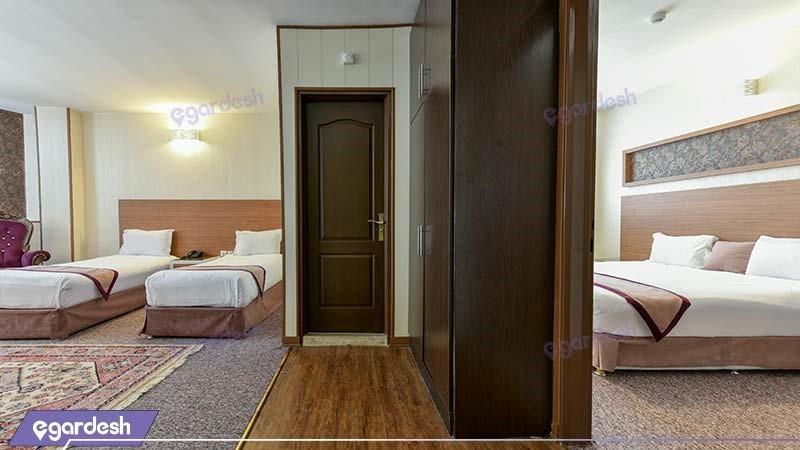 سوئیت چهار نفره طلایی هتل آوین