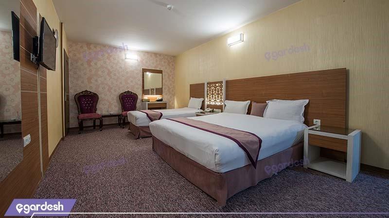 اتاق سه نفره نقره ای هتل آوین