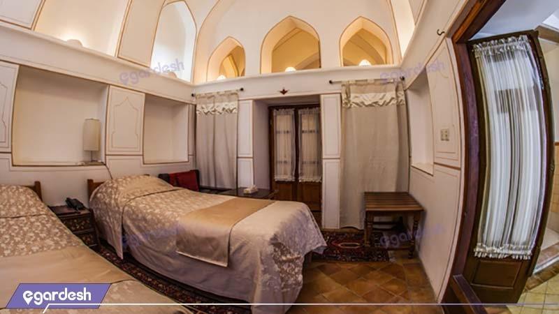 اتاق رواق هتل سنتی بخردی