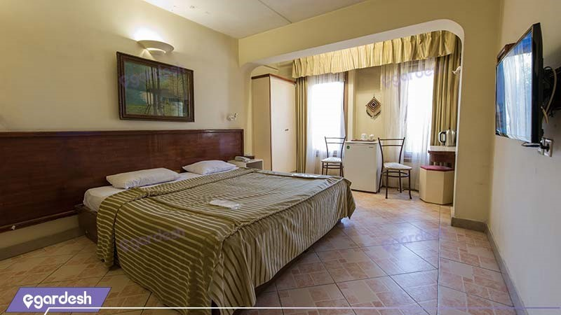 اتاق دبل کوچک هتل چهل پنجره