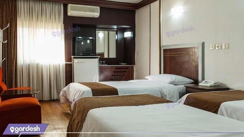 اتاق سه نفره هتل اصفهان