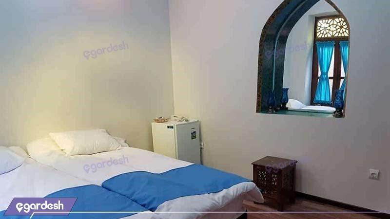 اتاق دو نفره هتل سنتی اردیبهشت