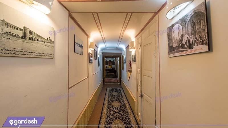 راهرو هتل سنتی