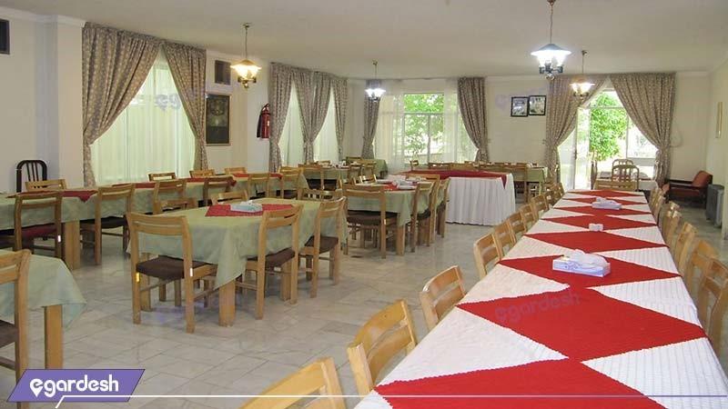 رستوران مهمانسرای جهانگردی استهبان