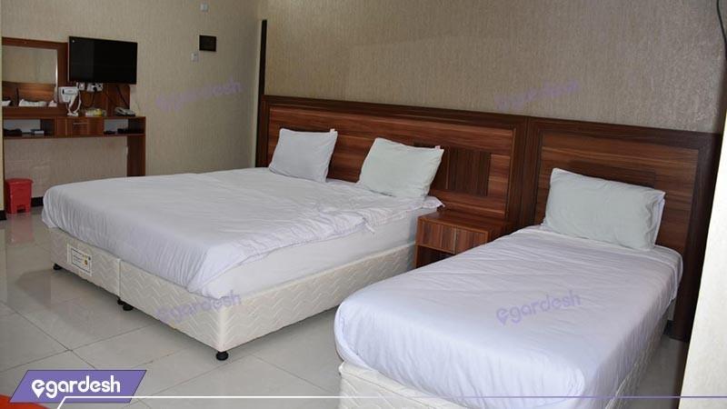 اتاق سه تخته هتل رویال