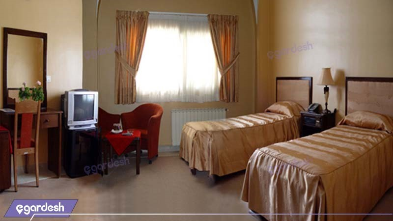 اتاق دو تخته مهمانسرای جهانگردی گلپایگان