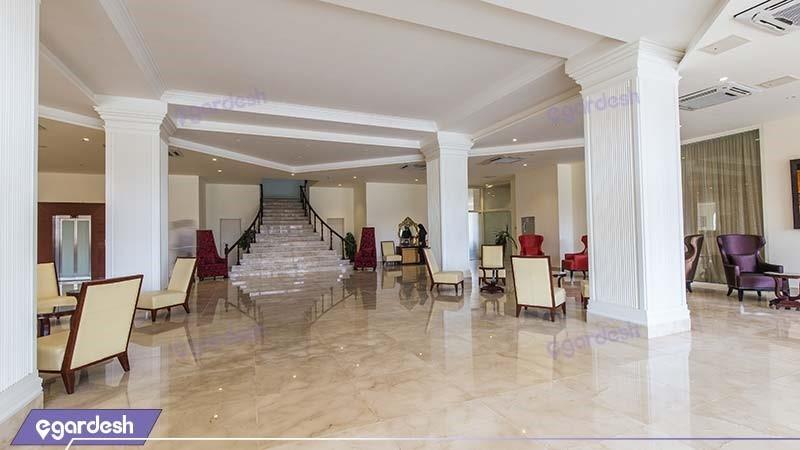 لابی هتل قصر بوتانیک