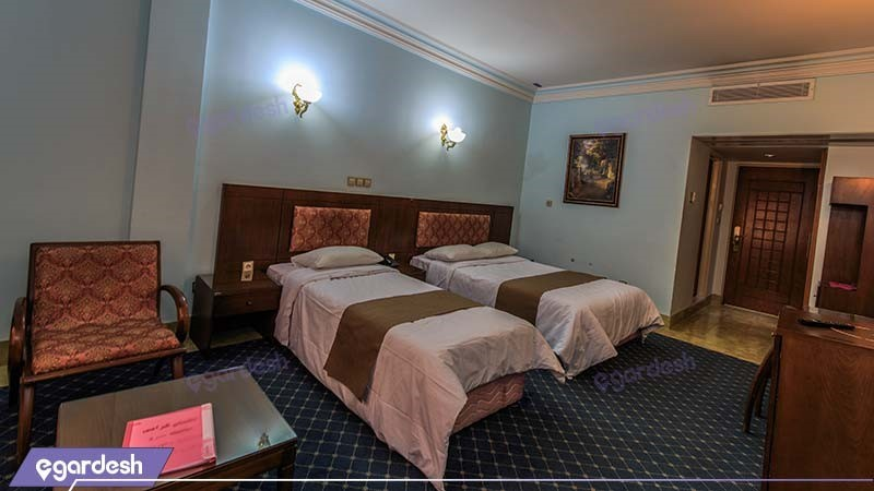 اتاق سه تخته هتل جهانگردی ناهارخوران
