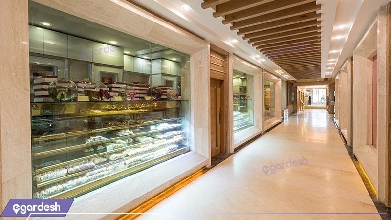 غرفه های تجاری هتل بین المللی بابا طاهر