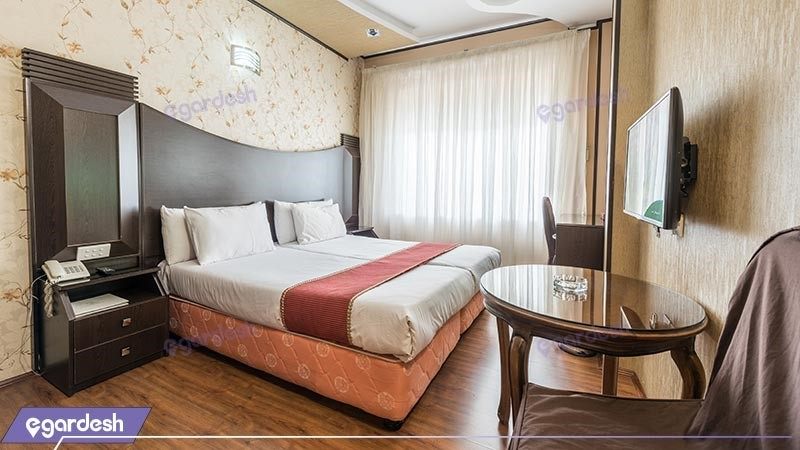 اتاق دو تخته دبل هتل بین المللی بابا طاهر