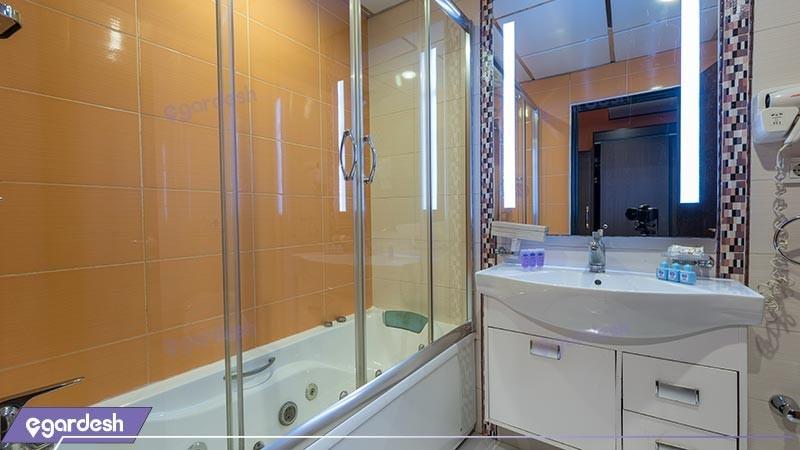 سرویس بهداشتی هتل بین المللی بابا طاهر