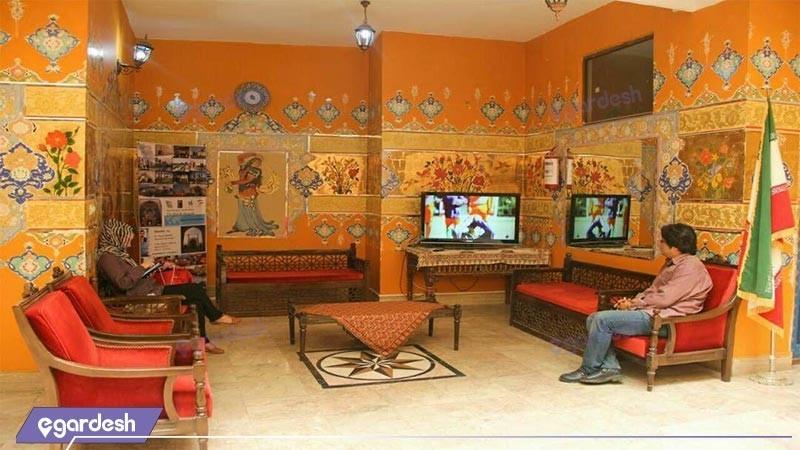 لابی هتل سنتی ابن سینا
