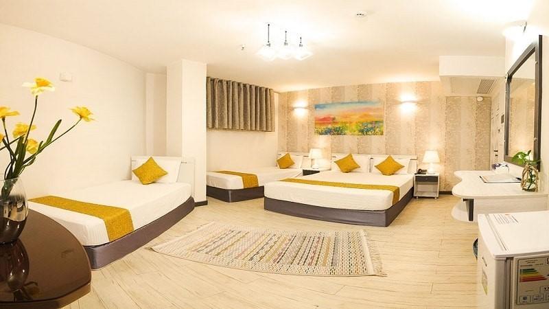 اتاق چهار تخته هتل آفتاب