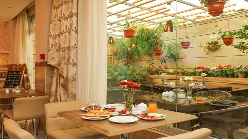 رستوران هتل آفتاب