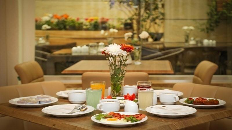 رستوران هتل آفتاب 2