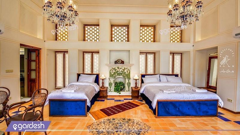 اتاق سه تخته سیمرغ