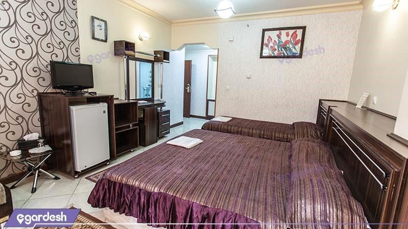 اتاق سه نفره هتل جهانگردی ماهان