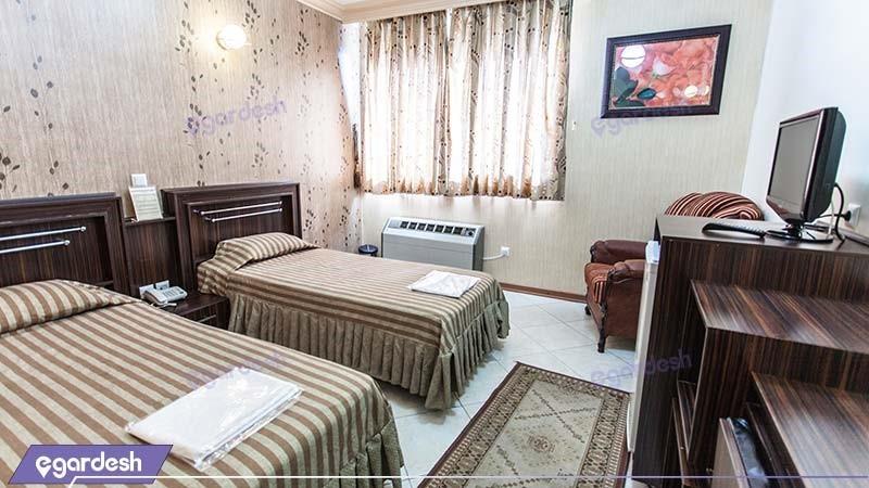 اتاق دو نفره هتل جهانگردی ماهان