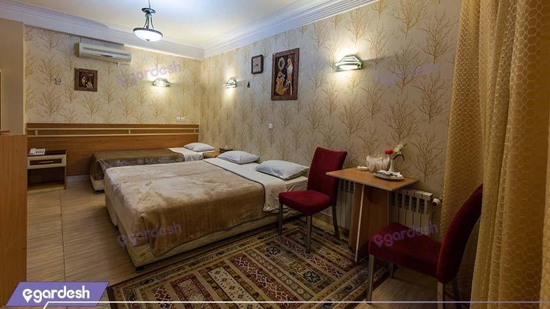اتاق سه تخته هتل سپاهان