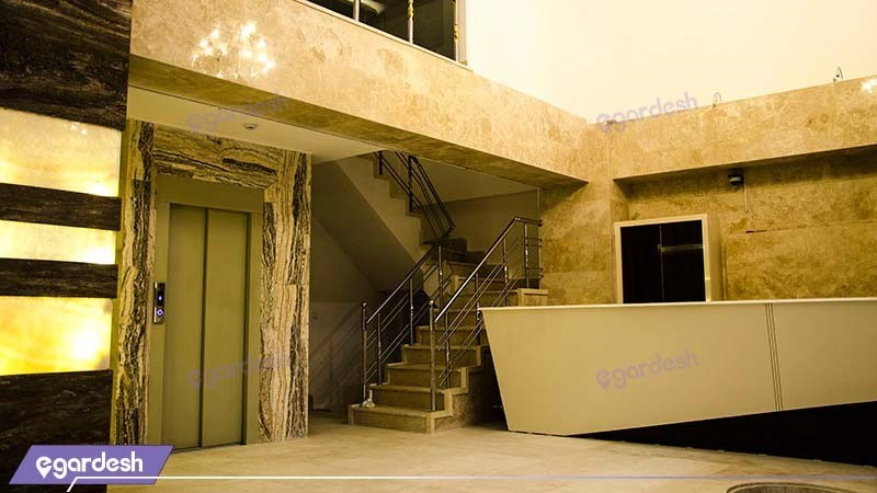 راهرو هتل آپارتمان آلتین ارس