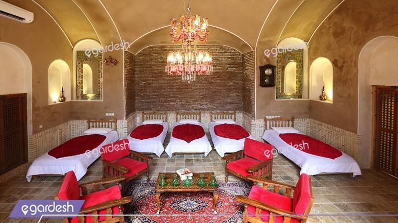 اتاق  پنج تخته بادگیر هتل سنتی خانه مرشدی