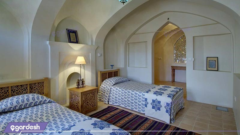 اتاق دو تخته توئین  بزرگ هتل سنتی خانه منوچهری