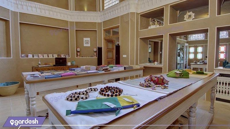 گالری هتل سنتی خانه منوچهری