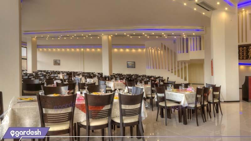 رستوران هتل نگارستان