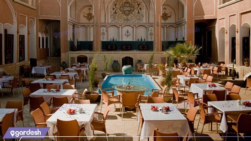 نمای ساختمان هتل سنتی نگین کاشان
