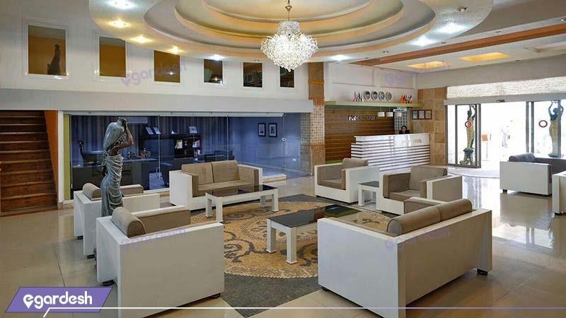 لابی هتل مارال