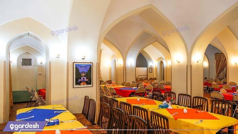 رستوران مهمانسرای جهانگردی ماهان کرمان