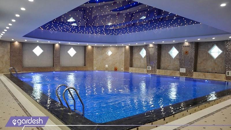 استخر هتل پارس