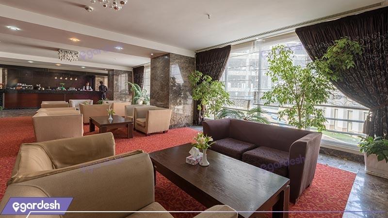 کافی شاپ هتل پارسیان